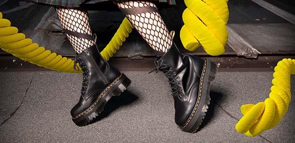 DR MARTENS Shoes, Accessories, Beaute   Buy DR MARTENS  s Shoes ... aa2b00f9647e